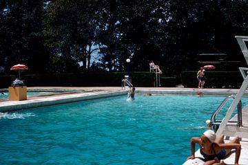 Schwimmbad der 1950er Jahre sur Timeview Vintage Images
