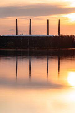 Volkswagen Arena en elektriciteitscentrale in de zonsondergang van Marc-Sven Kirsch