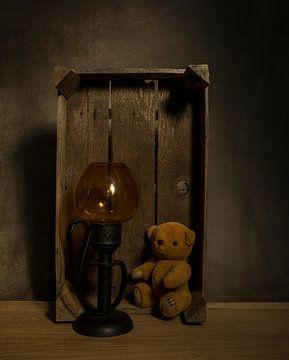 stilleven met teddybeer