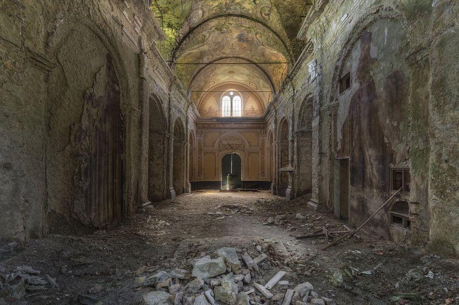 Verlaten Kerk van Perry Wiertz
