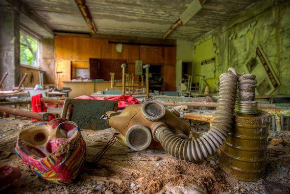 gasmasker in klas van Henny Reumerman