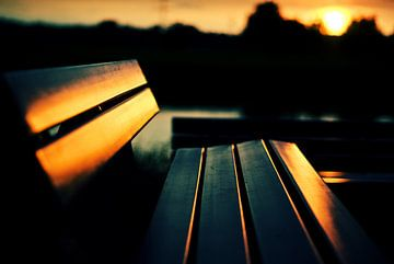 Bench during sunset van