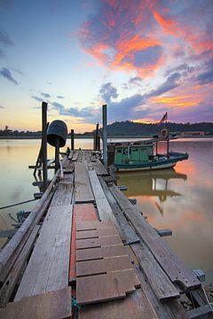 Steg bij Sonnenuntergang 2 von Sabri Ismail
