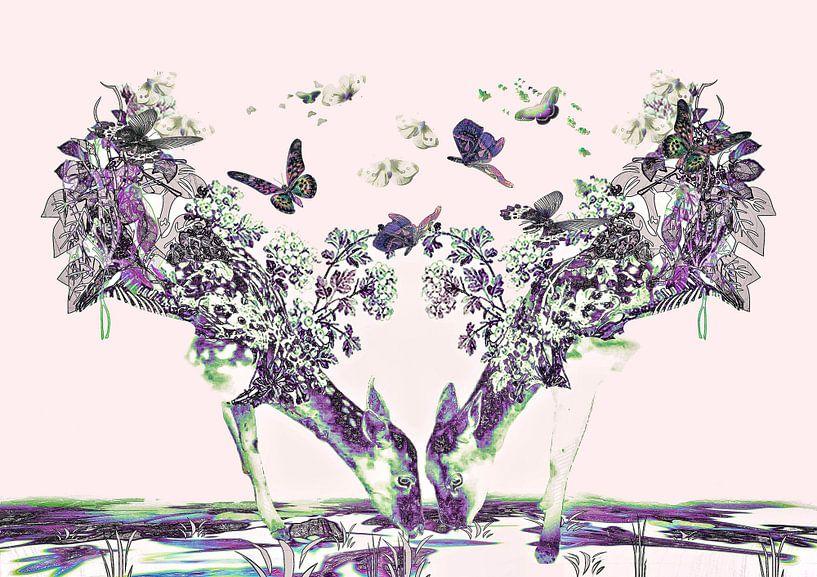 Deer-licious Purple van Yvon van der Wijk
