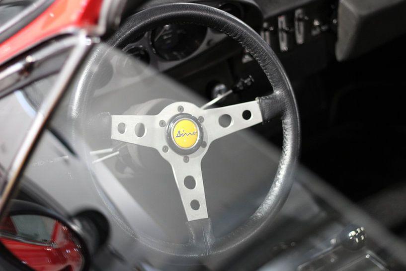 Ferrari Dino 246 GTS stuur sur Marvin Taschik