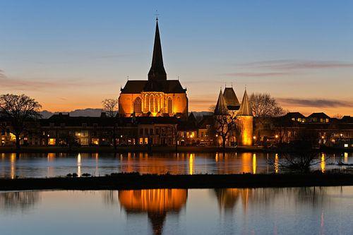 Bovenkerk met de Koornmarktspoort te Kampen van