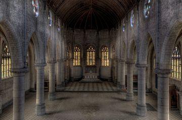 Leere Kirche von