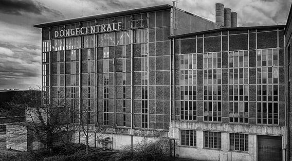 Dongecentrale Geertruidenberg voormalige elektriciteitscentrale later vervangen door de Amercentrale