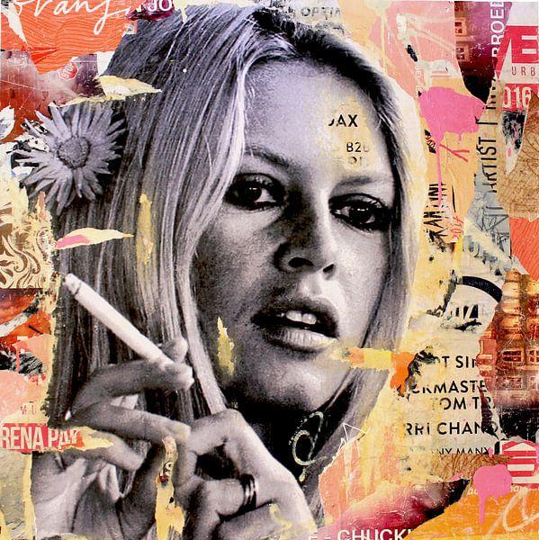 Brigitte is smoking hot van Michiel Folkers