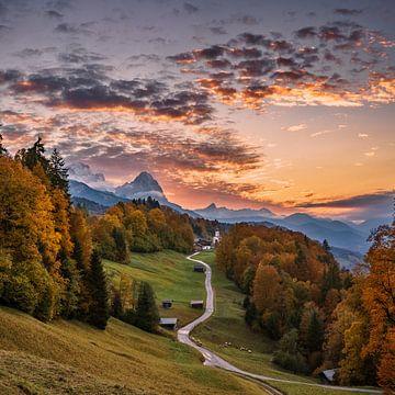 Sonnenuntergang über der Zugspitze von Achim Thomae