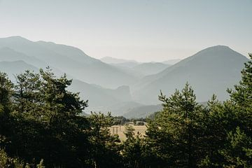 Sonnenaufgang in den Gorges du Verdon von Lauri Miriam van Bodegraven