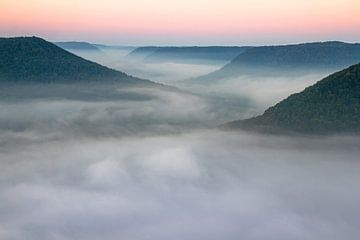 Nebeltal - Zwabische Alb - bij zonsopgang van Jiri Viehmann