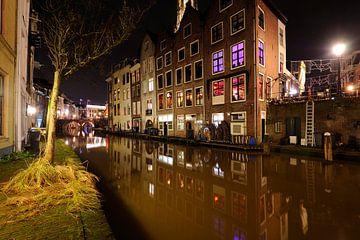 Oudegracht in Utrecht ter hoogte van Donkere Gaard sur
