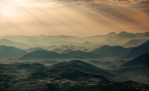 Zonsondergang in Montenegro van