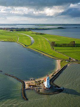 Das Pferd von Marken mit den Umrissen des nie fertig gestellten Goudriaan-Kanals. von Marco van Middelkoop