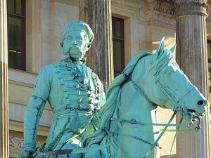 Reiterstandbild Friedrich Wilhelm (Der Schwarze Herzog) vor dem Schloss