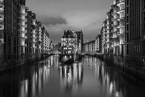 Wasserschlößchen II von Tom van Dutch