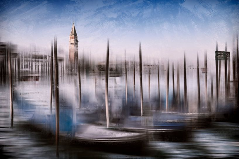 Digital-Art VENICE Grand Canal and St Mark's Campanile van Melanie Viola