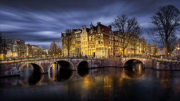 Amsterdamse grachten kruising van Dennis Donders