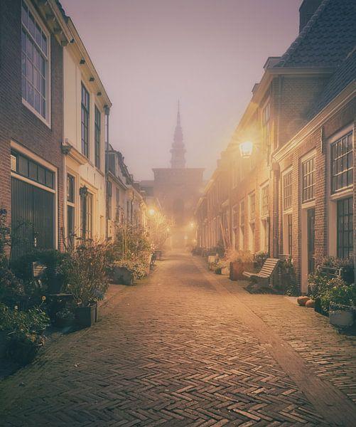 Haarlem: Kerkstraat in de mist. van Olaf Kramer