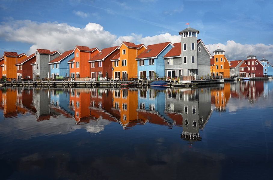 COLORFUL HOUSES van Ria de Heij