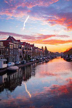Oude Singel, Leiden bij zonsopkomst van Franck Doho