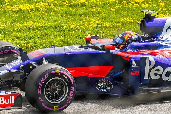 Carlos Sainz Jr. in actie tijdens de Grand-Prix van Oostenrijk 2017