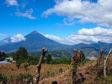 Vulkan in Guatemala van Patrick Hundt