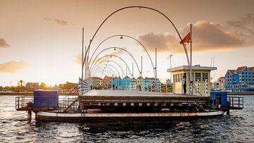 Curacao, Pontjesbrug Willemstad van Keesnan Dogger Fotografie