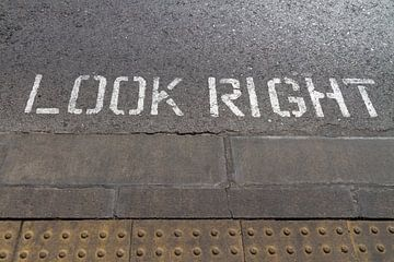 Look Right! van Domicile Media