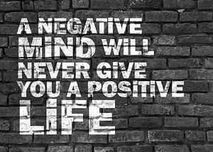 Positieve levenshouding graffiti zwart wit
