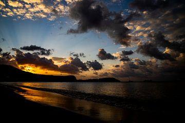 Zonsondergang in Thailand, op Koh Samui van