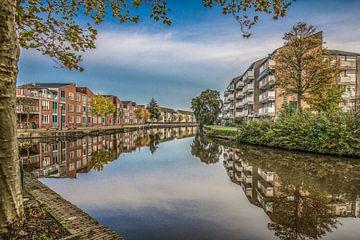 De Dokkumer EE in Leeuwarden als gracht van Harrie Muis