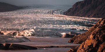 Hoffellsjökull gletsjer panorama , IJsland van Harmen van der Vaart