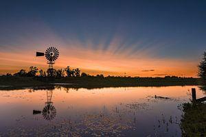 Kleurrijke zonsondergang windmolen Zutphen van Martin Winterman