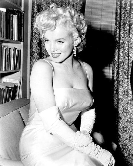 Marilyn Monroe während einer Party 1955