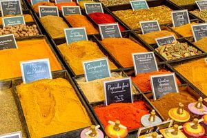 Specerijen op een markt in de Provence