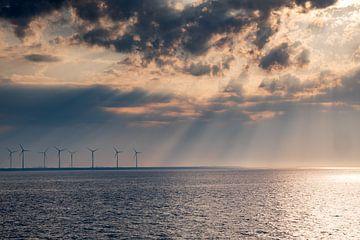 Moulins à vent le long de la digue à Eemshaven sur Evert Jan Luchies