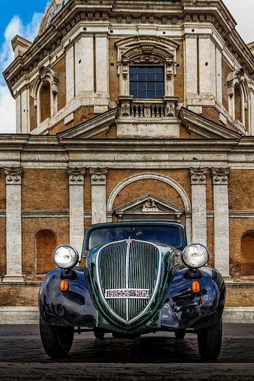 Classic Fiat 524 in Rome
