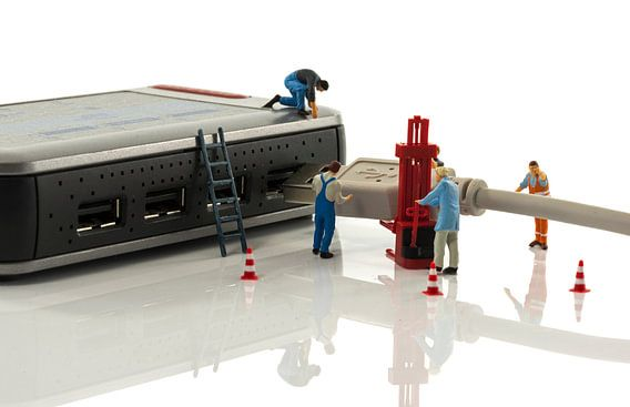 verbonden door kabel en usb hub
