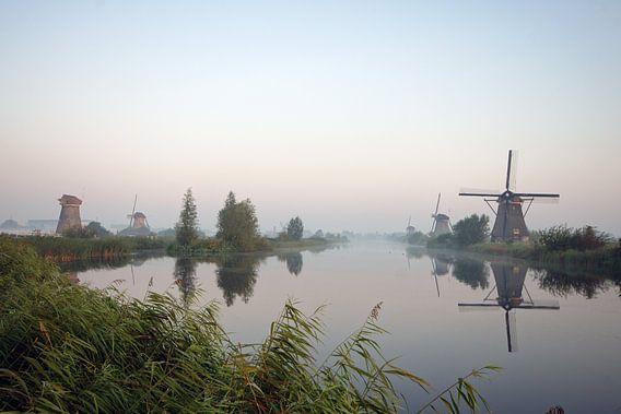 hollands landschap met molens van Dirk van Egmond