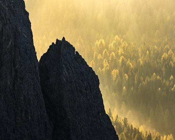 Crags & Glory van Daniel Laan