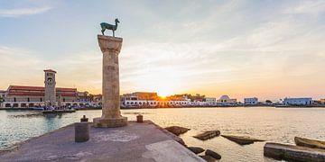 Mandraki-Hafen auf Rhodos von Werner Dieterich