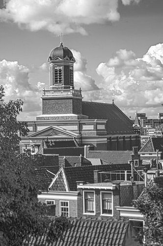 Hartebrugkerk Leiden vanaf de Burgt van