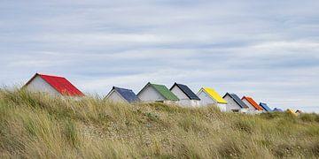 Strandhuisjes Normandië van Henk Elshout