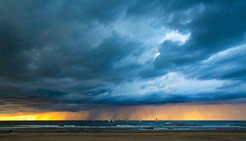 Coups de nuages au coucher du soleil sur Maurice Haak