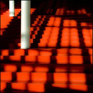 Red Stairs van Karin van Bragt