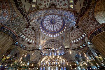 Binnen de Blauwe moskee van
