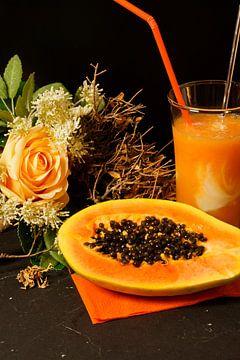 Orangen-Papaya-Limetten-Smoothie mit Joghurt. von Babetts Bildergalerie