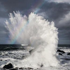 Storm met regenboog in Noord IJsland van